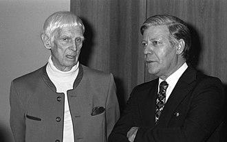Gerhard Marcks - with Helmut Schmidt
