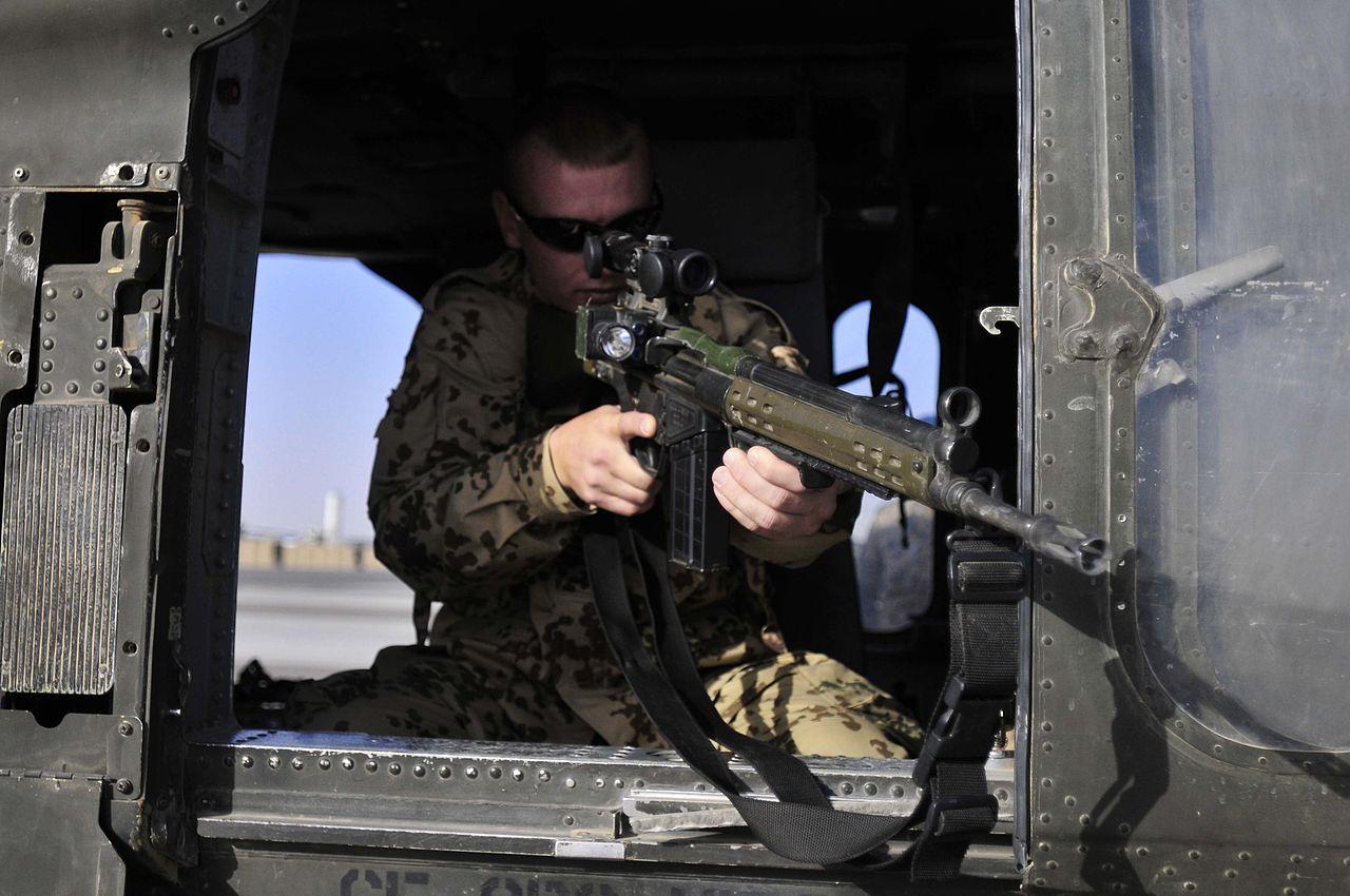 Bundeswehr Soldat G3 Afghanistan.jpg