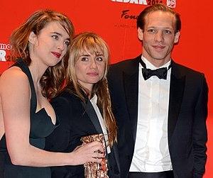 Katell Quillévéré - Quillévéré (centre) with Adèle Haenel and Paul Hamy at the 39th César Awards ceremony