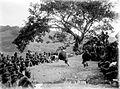 COLLECTIE TROPENMUSEUM Mannelijke dans tijdens een dansfeest voor het bivak Batoe Kapoeda TMnr 10004881.jpg