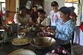Canciller del Ecuador visita comunidad kichwa Añangu en el Parque Nacional Yasuní (8707951347).jpg