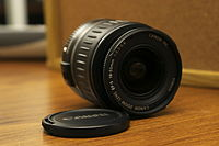 Canon EF-S 18-55mm 2.jpg