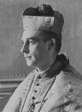 Rafael Merry del Val - Formal photo portrait, ca. 1905