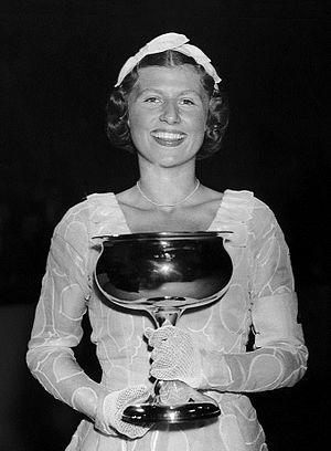 Cecilia Colledge - Cecilia Colledge in 1937
