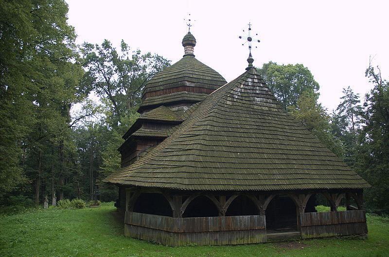 File:Cerkiew Wniebowstąpienia Pańskiego w Uluczu - 11.jpg