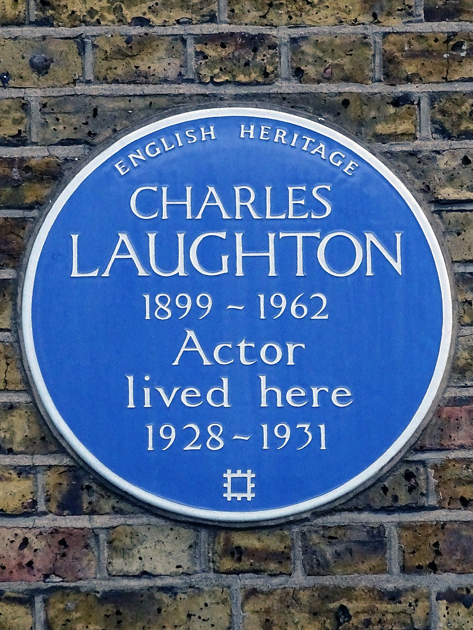 Charles Laughton 1899-1962 Actor lived here 1928-1931
