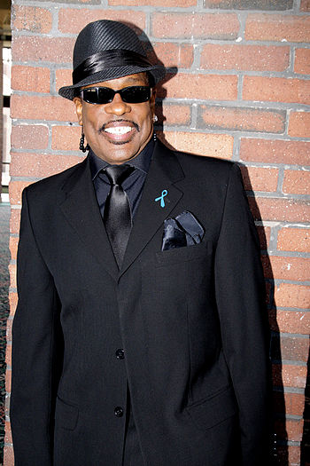English: Charlie Wilson after a press conferen...