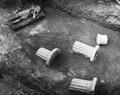 Cholades. Rum XLV, altare 156 med fynd in situ. Soli - SMVK - C04135.tif