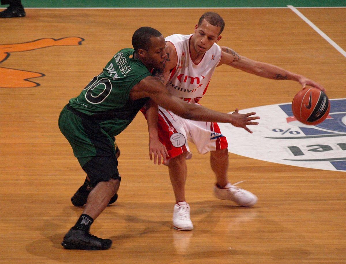 Chris Thomas (basketball) - Wikipedia