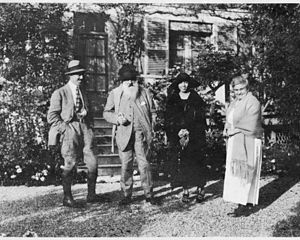 Seiichi Naruse - The photo taken in 1921 by Seiichi Naruse at Giverny. Michel Monet, Claude Monet, Fukuko Naruse and Blanche Hoschedé Monet are seen from the left to the right.