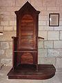 Confessionnal de la tour de Porchères.JPG
