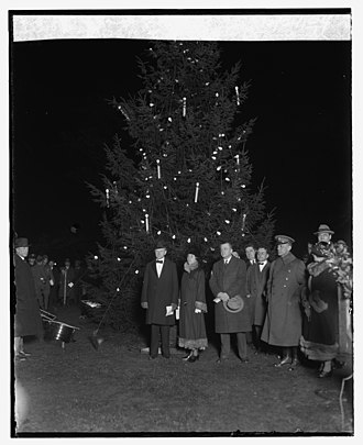 National Christmas Tree (United States) - President Coolidge lights the 1924 tree.