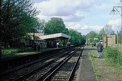 Coombe Road railway station (1983) 04.JPG