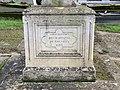 Croix Cimetière Ancien Gouvieux 3.jpg