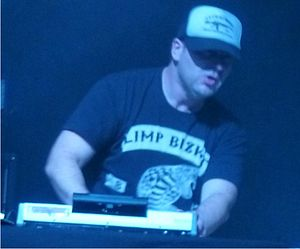 DJ Lethal - DJ Lethal performing with Limp Bizkit. (July 2011)