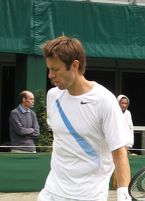 English: Daniel Nestor at Wimbledon 2007