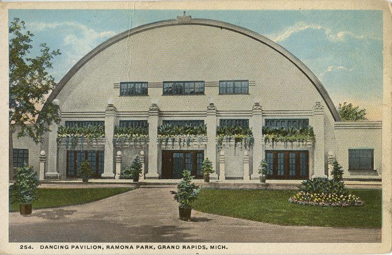 File:Dancing Pavilion, Ramona Park, Grand Rapids, MI. Postcard - 057.jpeg
