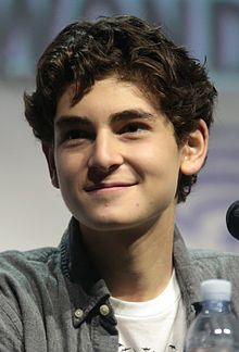 David Mazouz - the cool, cute, actor with Jewish roots in 2020