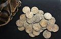 Diner ternal, argent, segle XIV, museu d'Història de València.JPG