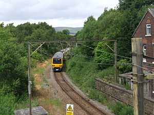 Glossop line - Image: Dinting 6226