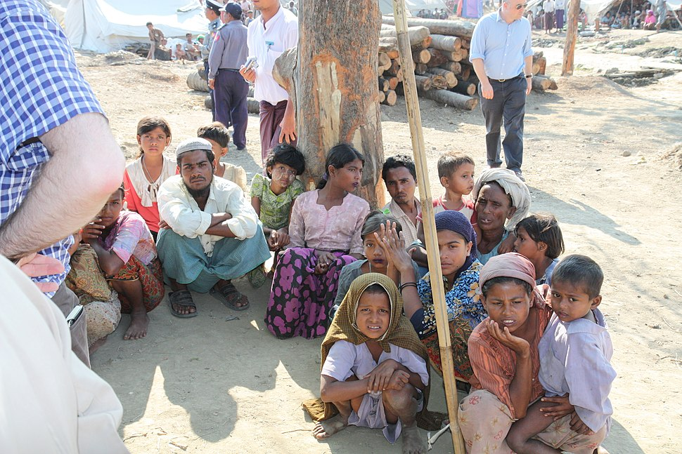 Displaced Rohingya people in Rakhine State (8280610831)