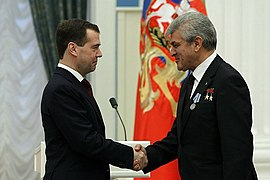 Dmitry Medvedev 12 April 2011-15.jpeg