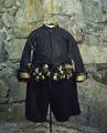 Dräkt, bestående av tröja, byxor och kappa, tillhörande Karl X Gustav - Livrustkammaren - 39487.tif