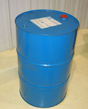 Drum (container) - A standard 200-litre (55 US or 44 imp gal) drum.