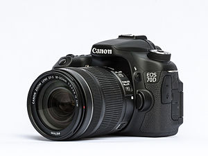 Canon EOS 70D with mounted EF-S 18-135mm f/3.5-5.6 IS STM