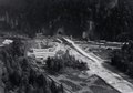 ETH-BIB-Mollis, Basustelle im Gäsi für den Kerenzerberg-Eisenbahntunnel samt Vorbereitungsarbeiten für die Walenseestrasse-LBS H1-020852.tif