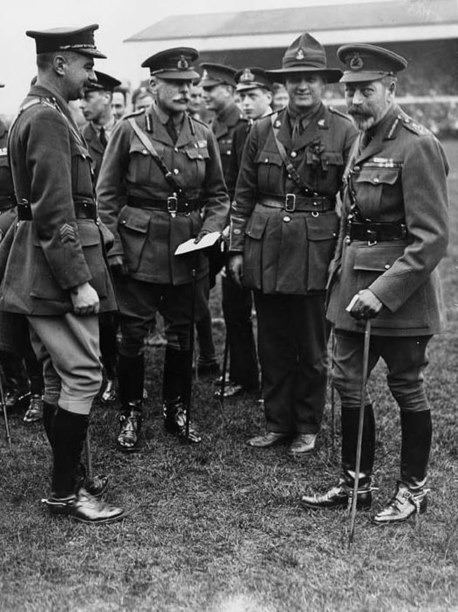 File:Earl Haig with the King at rugby match at Twickenham in 1919 (4687868865).jpg