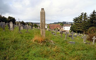 East-the-Water Cemetery, Bideford - Image: East the Water Cemetery Monument