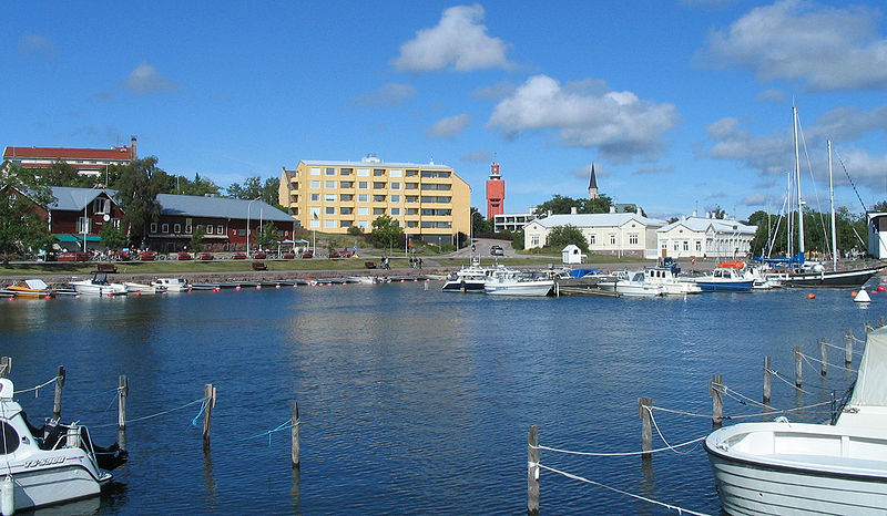 File:Eastern Harbour coastline Hanko.jpg