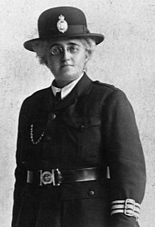 Edith Smith (police officer) First woman police officer in UK with full powers of arrest