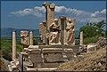 Efeso 9 - Il monumento di Memmio - panoramio.jpg
