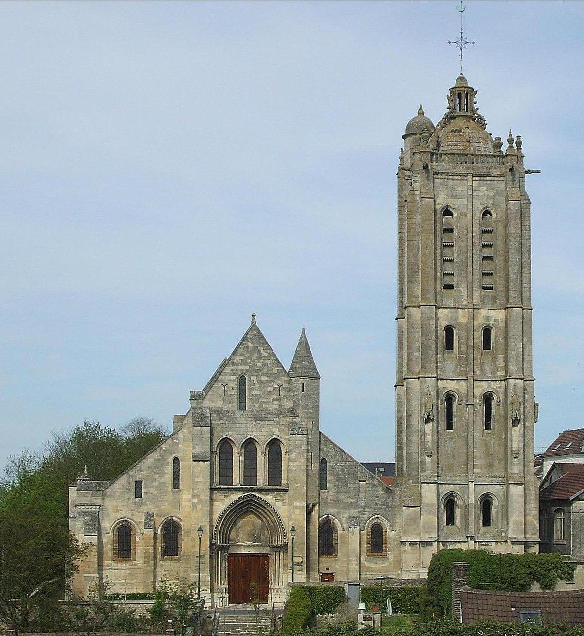 Escalier Val D Oise Église saint-laurent de beaumont-sur-oise — wikipédia