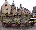 Eguisheim - Fontaine.JPG