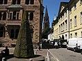 Ehemaliger Turmhelm eines Treppenturms des Freiburger Münsters vor dem Erzbischöflichen Ordinariat 2.jpg