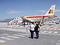 Embarcando en un avión Iberia.jpg