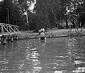 Emberek a vízben és a parton, 1959 Fortepan 22560.jpg