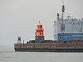 Emden Leuchtturm Westmole.jpg