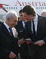 Empfang Staatspräsident Peres (13505682673).jpg