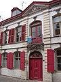 Esquelbecq - Maison du Chevalier de Guernonval.JPG