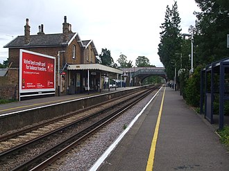 Ewell West railway station - Image: Ewell West look south