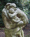 Familie mit Kind 2, von Henri Boncquet, Malkasten Park, Düsseldorf.JPG