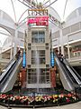 Fashion Square 03.jpg