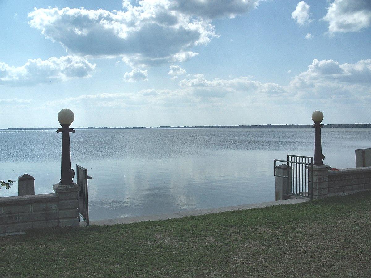 Lake Eustis - Wikipedia