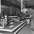 Firato-tentoonstelling in RAI, oude apparatuur is ook aanwezig, Bestanddeelnr 918-1884.jpg