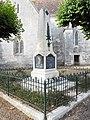 Fléac-sur-Seugne, war memorial (1).jpg