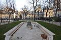 Fontaine des arts et métiers (bassin sud) Paris 3e 005.jpg